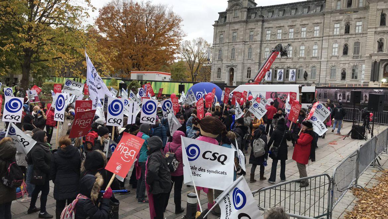 Manifestation contre le guichet unique – Rally againts single-window access